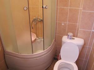 Нароч берег туалет