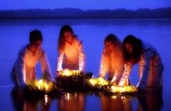 Купала 7 свечи в воде