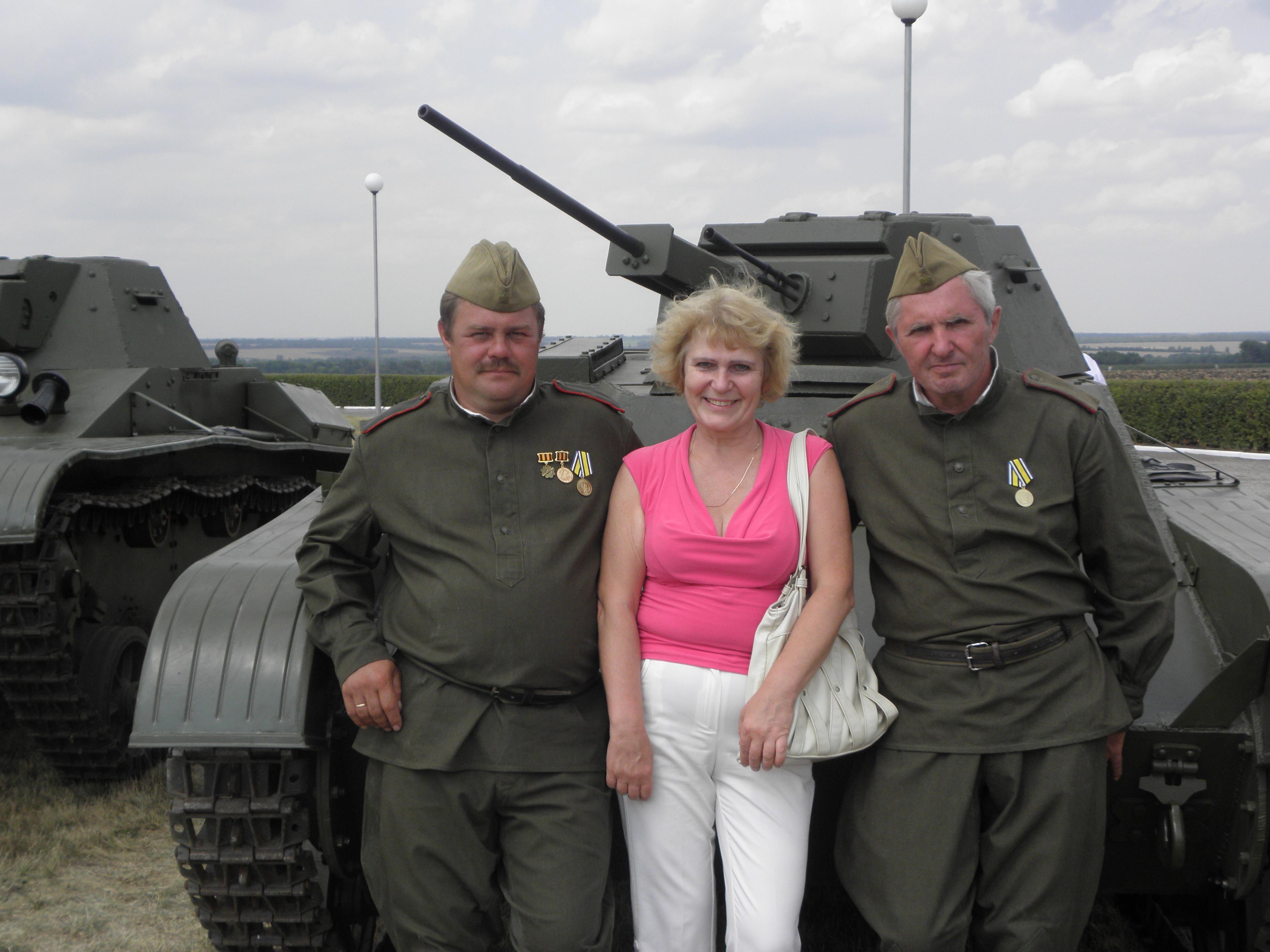 ПРохоровка Ирина с воинами