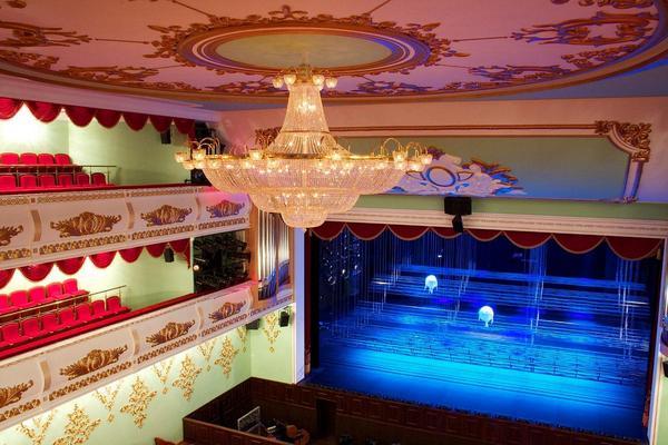 Театр 4.jpg